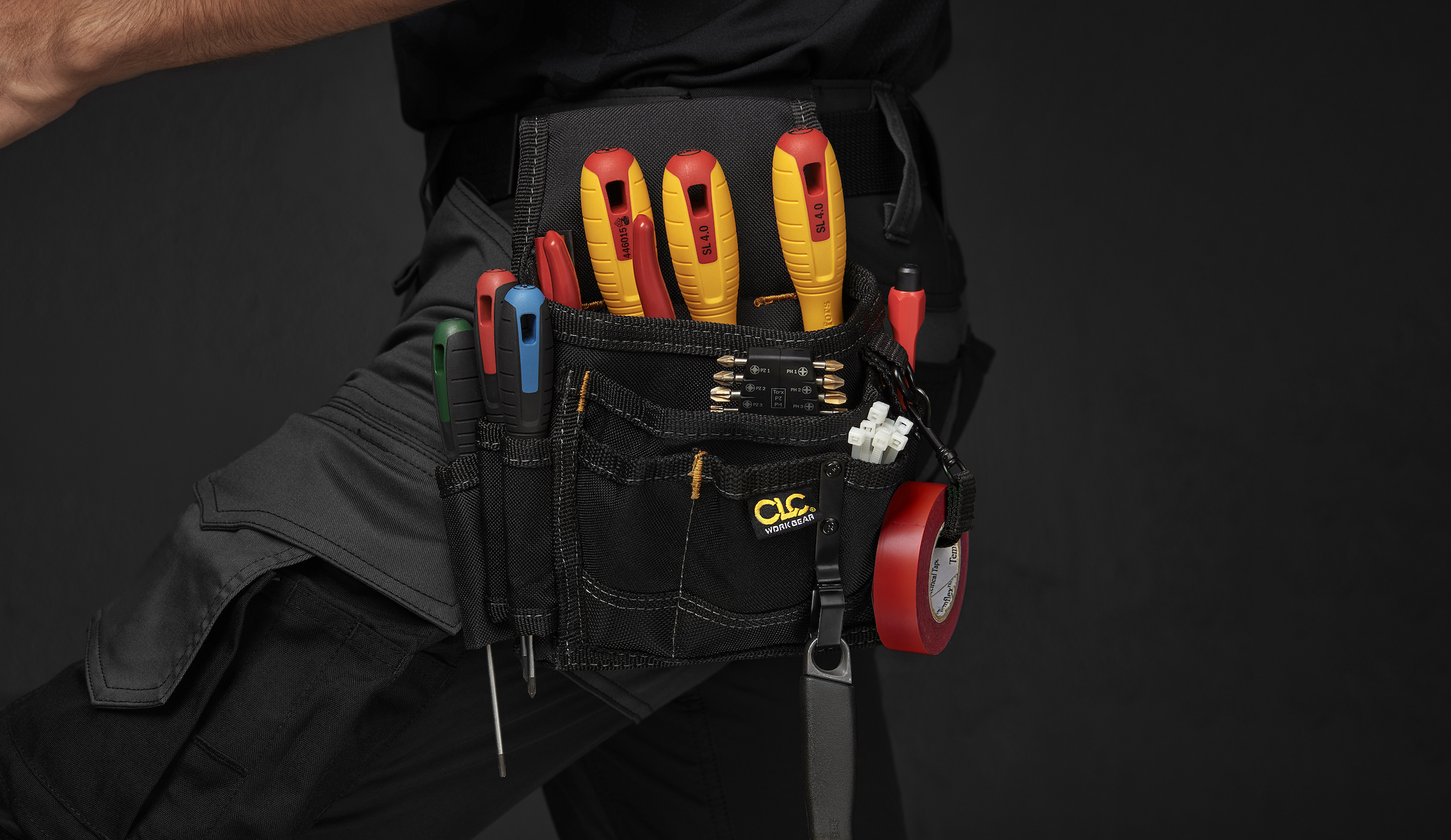 TOOLBELTS & POUCHES